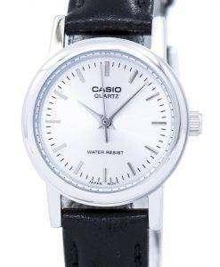 カシオ石英アナログ LTP 1095E 7ADF 7 a LTP-1095E 女性の腕時計